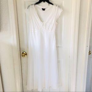 Calvin Klein white Cotton midi dress size medium